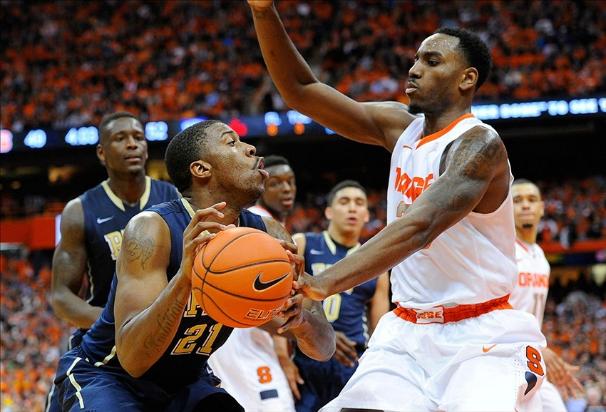 Pitt Panthers Men S Basketball Falls To Syracuse In Instant Classic